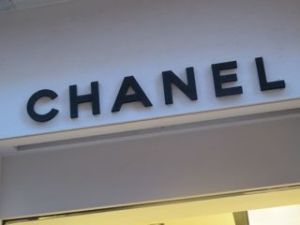 Chanel luxury brands e-commerce meerson